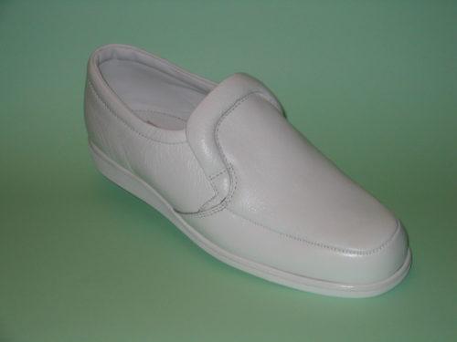 Chester White Bowls Shoe